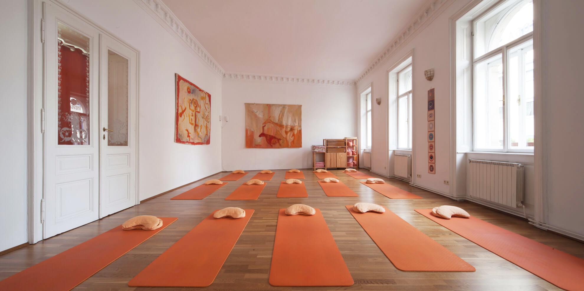 Bhavani Yogaraum