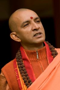 Paramahamsa Niranjanananda empfiehlt Mantra-singen